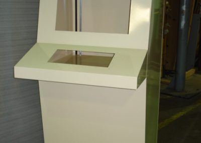 7032 Console with Locks